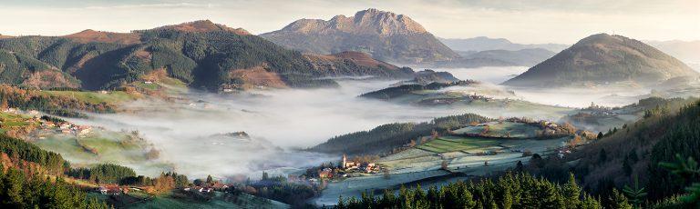 Niebla y Escarcha en Valle Aramaio