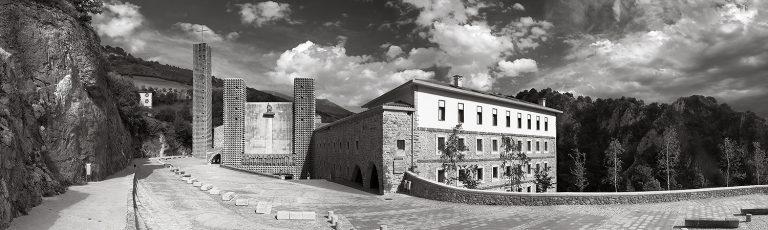 Monasterio de Arantzazu en Oñati Gipuzkoa