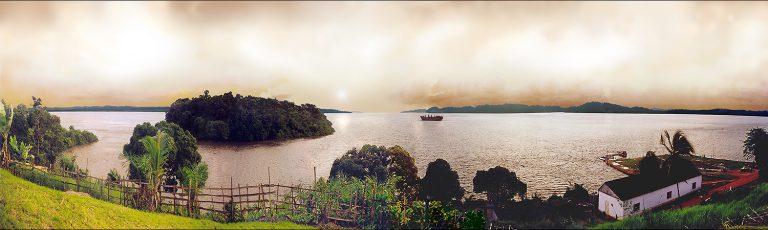Puesta de Sol en Estuario del Rio Muni en Cogo Guinea Ecuatorial